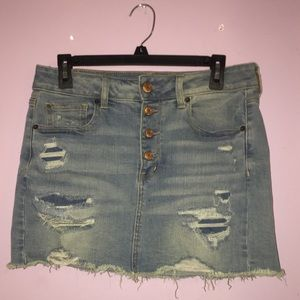 american eagle skirt!